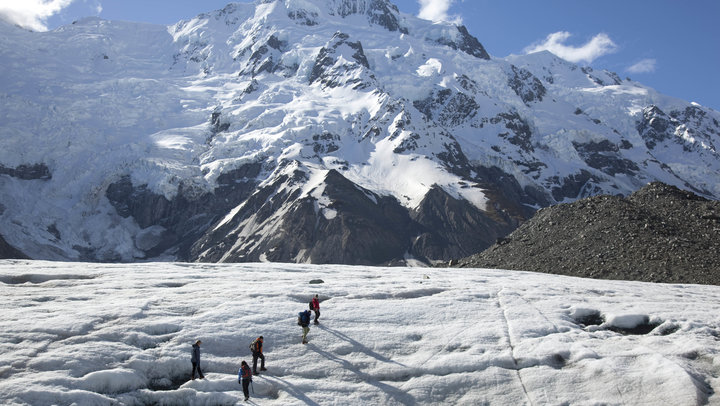 Hiking on the Tasman Glacier
