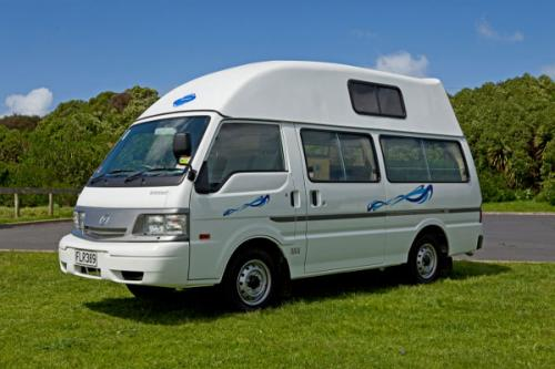 Acacia RentACampervan New Zealand - Wendekreisen Campervan Hire New Zealand