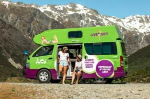 3 Berth Chaser with Shower/Toilet - Auto (Jucy)