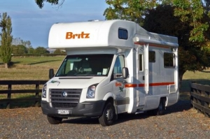 4 Berth Explorer with S/T - Auto (Britz) (4BB)