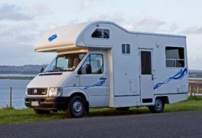 Koru 4 Berth with Shower/Toilet - Manual (Wendekreisen)