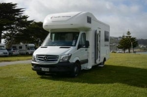 4 Berth Mercedes Campervan with Shower/Toilet - Auto (pacific)