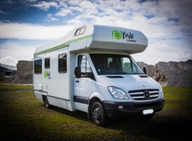 6 Berth Deluxe with Shower/Toilet - Auto (Kiwi)