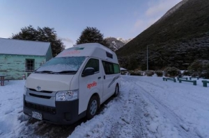 2/4 Berth Endeavour Camper without S/T - Auto (Apollo) - Pre Christmas Special