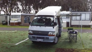 2 Berth hitop with Shower/Toilet - Auto (Sweet As Campers)