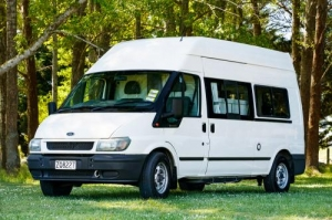 2 Berth Budget Seeker with Shower/Toilet - Manual (Budget)