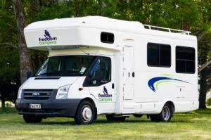 4 Berth Path Blazer with shower/Toilet - Manual (Freedom)